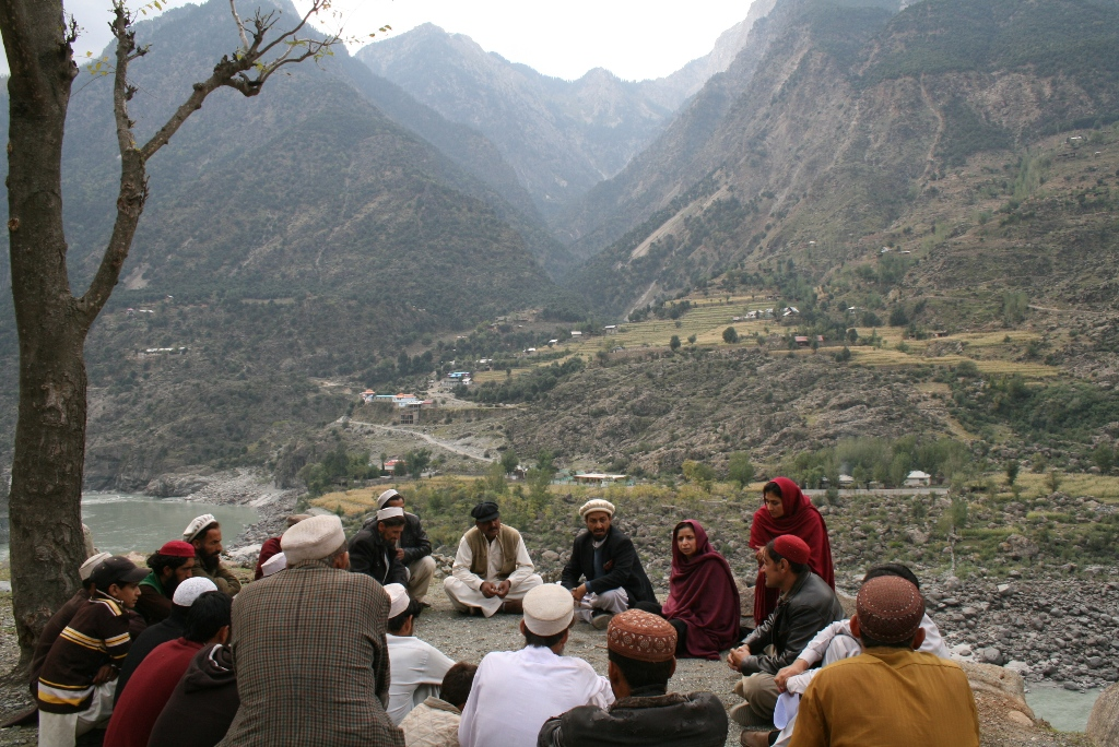 Listening To Survivors Problems, Seo, District Kohistan