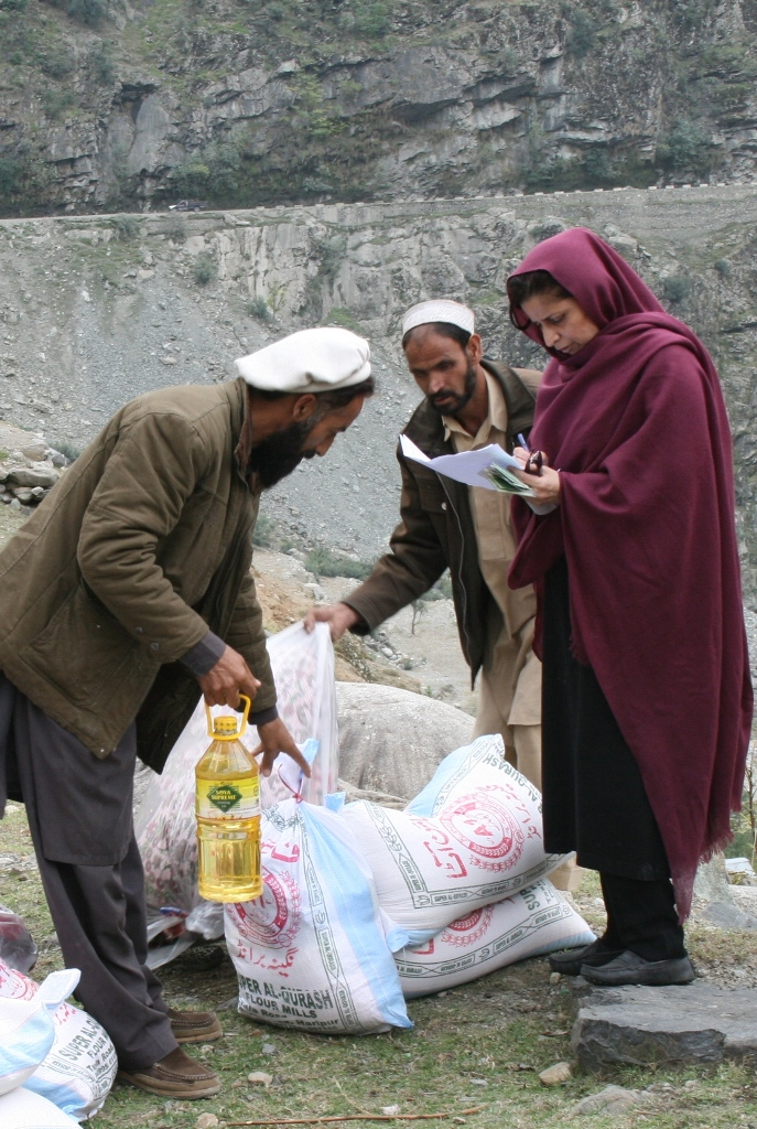 Distributing Relief In Seo, Kohistan